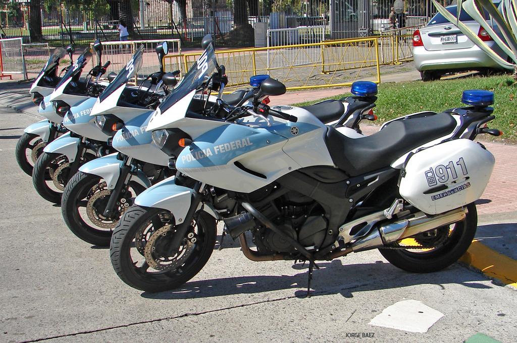 Policia Federal Argentina - Página 2 DSC00305_zpses0woxum