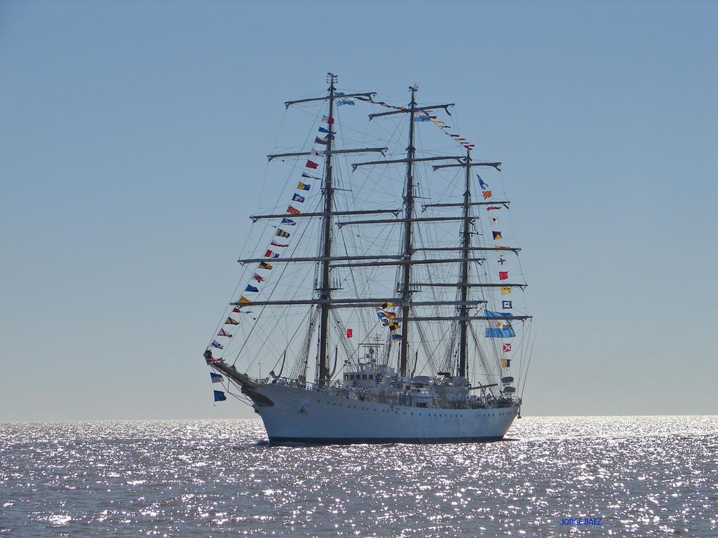 Fragata Libertad - Página 3 DSC01126_zps1lwumi96