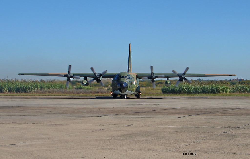 Boletín de noticias de los C-130 Hércules - Página 38 DSC01841_zpsqnpxkgxn