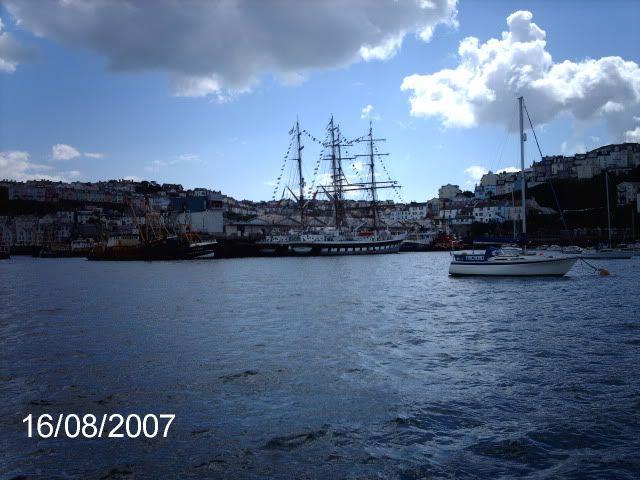 PHOTO COMP 7 - MAY 2007holidays137