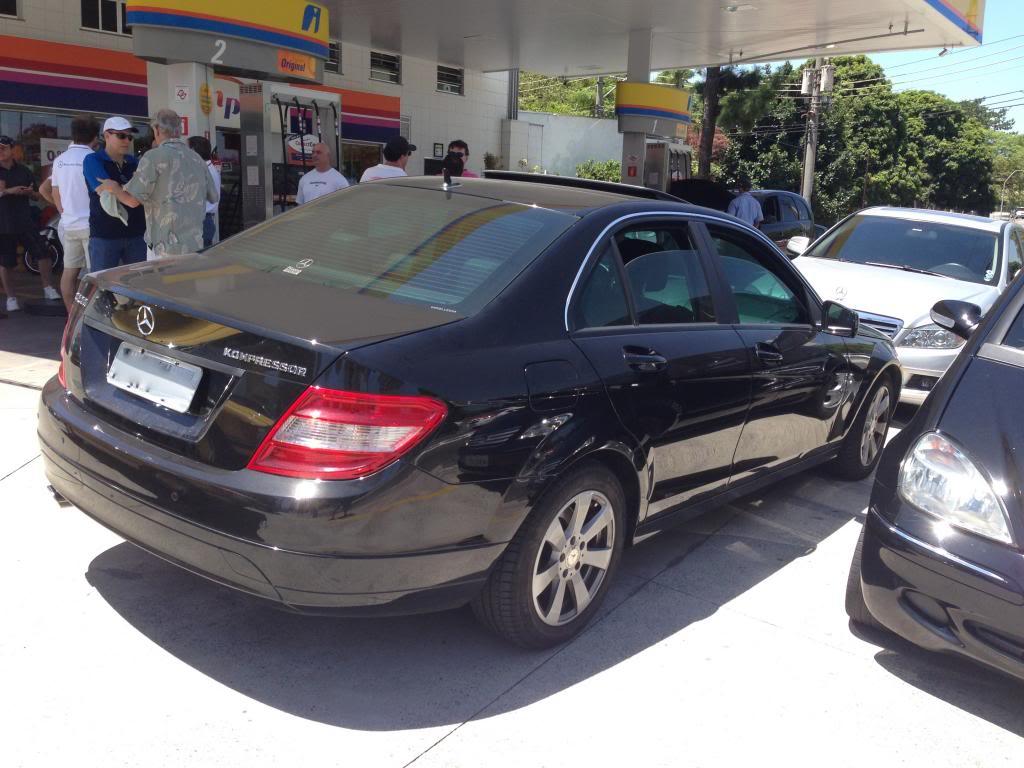 Vendo minha W204 C200  modelo 2010 - R$ 66.500,00 IMG_1088_zps13a3580f