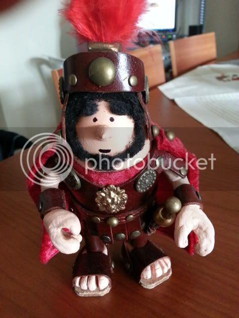 maximo centurione romano 2012-12-16105113_zps1d46560b