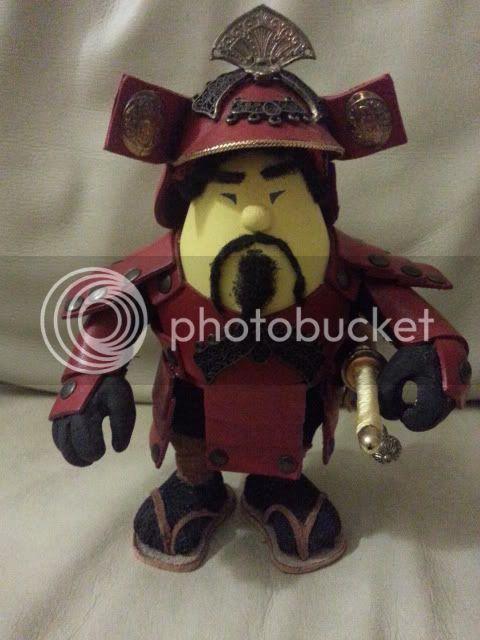 Samurai,personaggio uovo 2012-12-17012740-1_zps06b1839a