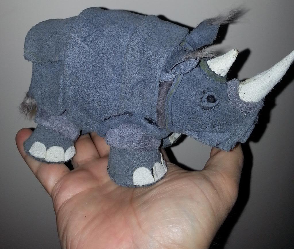 pupazzo di rinoceronte  20130516_094831_zpsbfc039ca