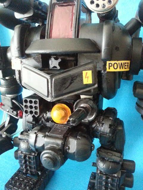 Tank robot 20130609_113940_zpse7a9835e