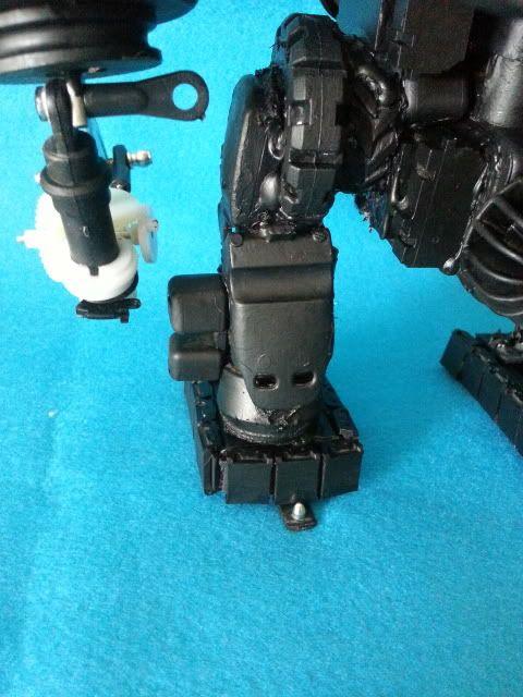 Tank robot 20130609_114036_zps4e04aec0