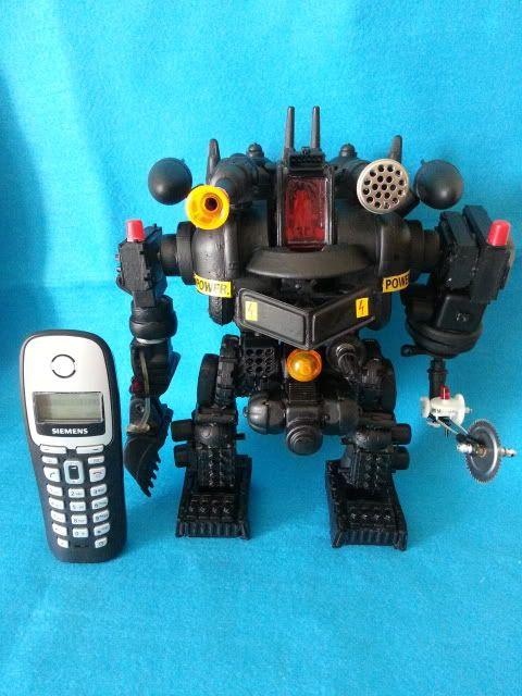 Tank robot 20130609_114155_zps9cb207e1