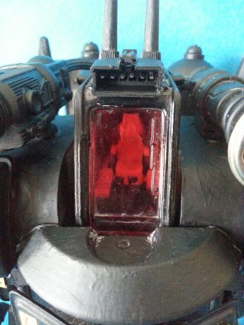 Tank robot 20130609_114304_zpsc9f6bf34