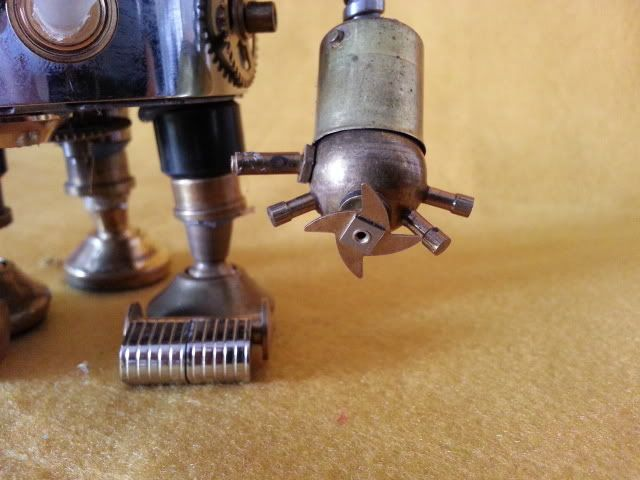 robot steampunk 2 20130626_171238_zpsf76ef5ed