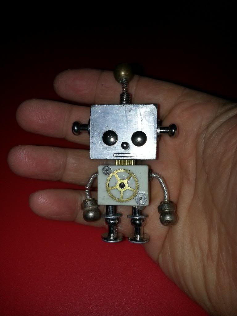Mini Robot steampunk 20140205_111907_zpsgrkd5tf5