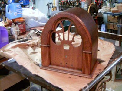 Basket case philco cathedral 1508571_10202600003342169_436044061_n_zpsaf7f703e