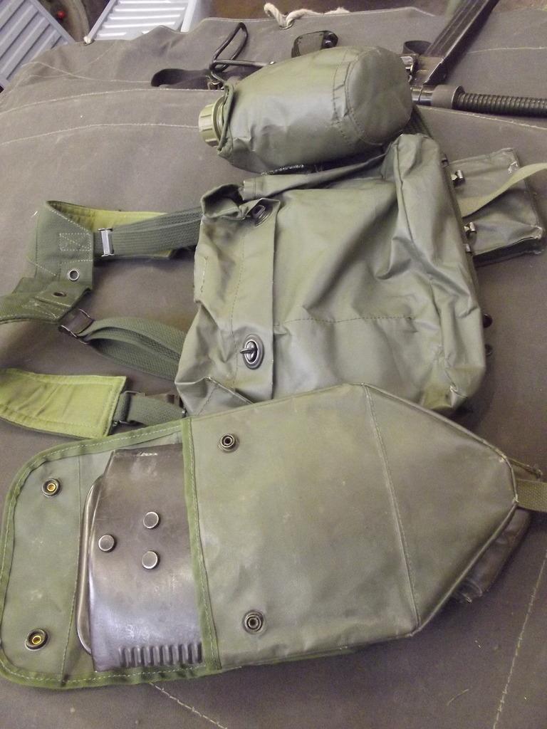 M1971 ABL field gear - Page 3 DSCF4856_zpsjve4zpk6