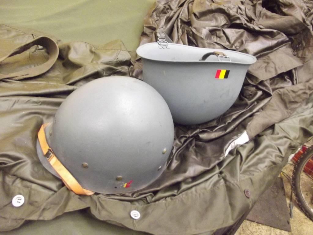 A few helmets DSCF5010_zpszqqmhvmq