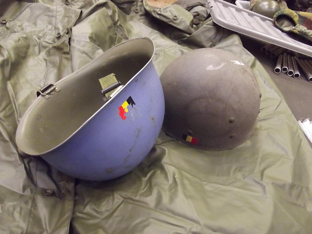 A few helmets DSCF5011_zps3euzili8