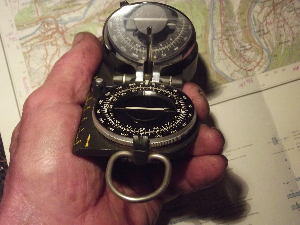"""""""Bodan"""" (Askania)  Marching Compass DSCF5412_zpsc5orbzuf"""