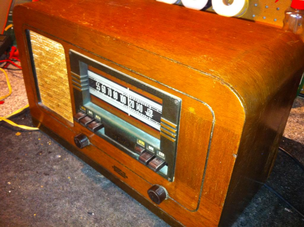 RCA Victor T-55 IMG_0587_zpsc2f519c1