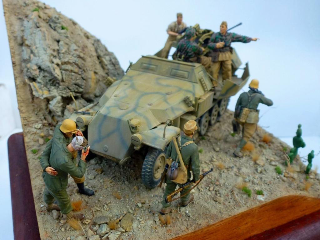--Sdkfz- -251/17 (AFV) - Tunisie 1943 13h2_zpstztg3nj4
