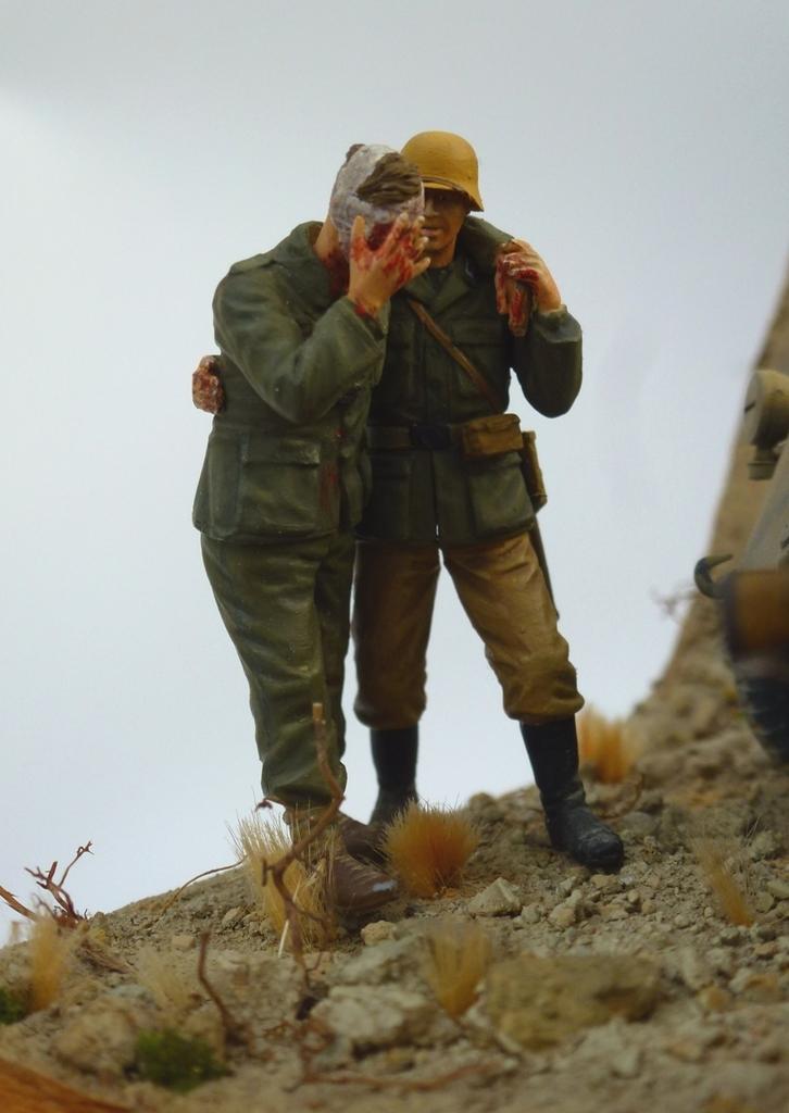--Sdkfz- -251/17 (AFV) - Tunisie 1943 Fantassin2_zps4vwum3oi