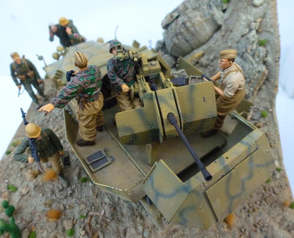--Sdkfz- -251/17 (AFV) - Tunisie 1943 Flackcrew2_zpsdulwtdu5