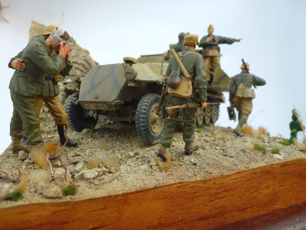 --Sdkfz- -251/17 (AFV) - Tunisie 1943 Rasdusol13h_zpsko8achs2