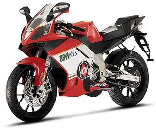 wich bike looks better? aka my next bike :D Gilera_sc_125