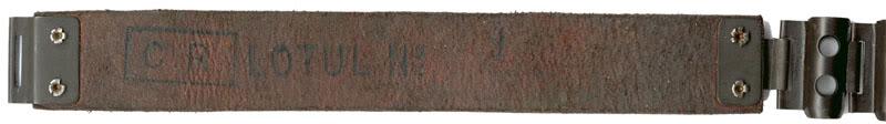 BANDE D'ALIMENTATION DE MITRAILLEUSE - Page 2 Schwarzlose100coupsmtalRoumanie-tirette2