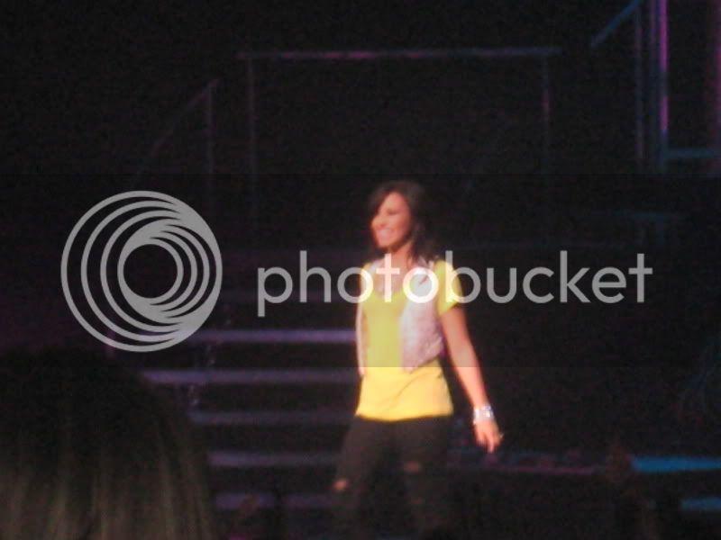Demi Lovato  - Page 3 IMG_5988