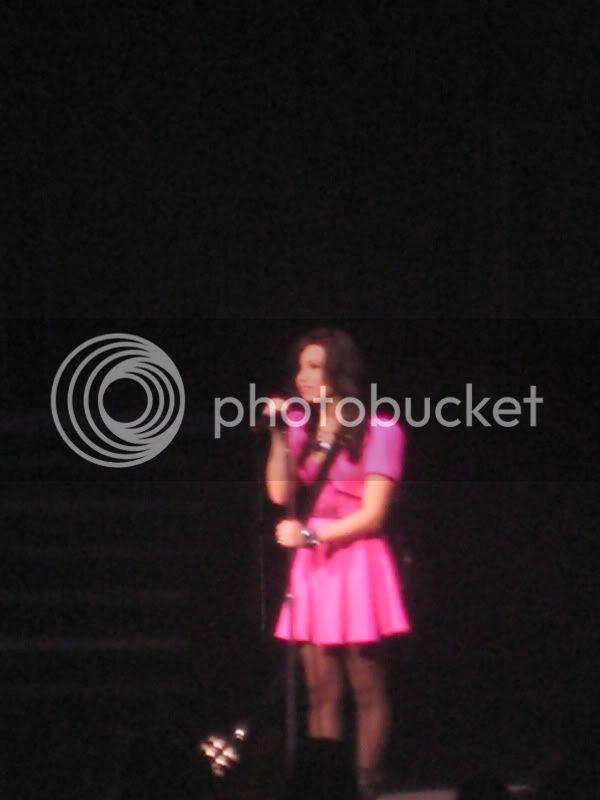 Demi Lovato  - Page 3 IMG_6023