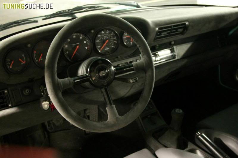 Porsche Carrera 964 - Page 3 757586-930-0-porsche-911-carrera-2-der-rotiform-tief-lieger_zpsb6bf5a0b