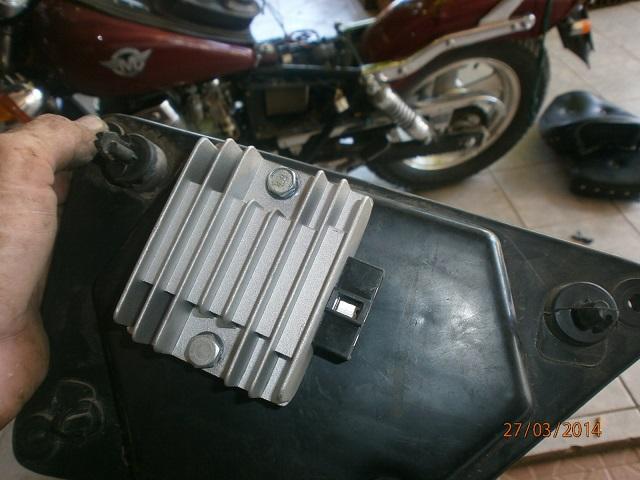 HD 254A: dos soluciones por Regulador Voltaje quemado P3270321_zps8244b49e