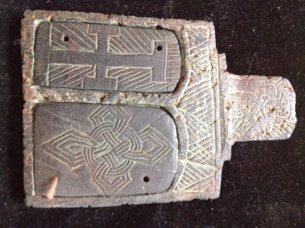 Iglesia de piedra con simbolos C86e3c13fd3ad9f7c24741c1158bfd2e_zpse1c70cb8