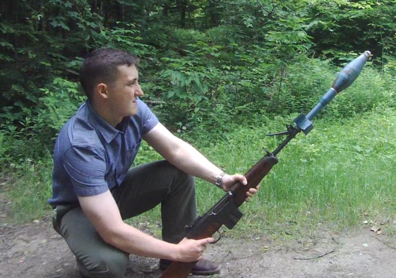 tir de grenade à fusil FSA 49/56 Rifle-grenade-2_zpse9jvihvi