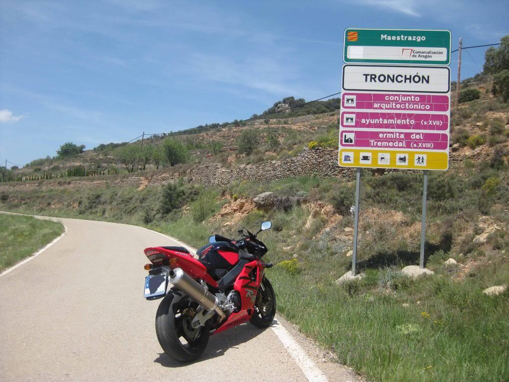Castillos y motos Maestrazgo_zpsbf3fbfc5
