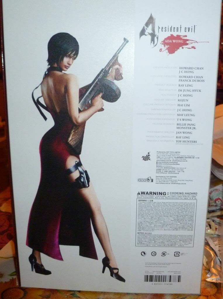 My Hot Toys Resident Evil Collection - Ada Wong added on 11/19/13! - Page 2 P1120714_zpsbc85a22b