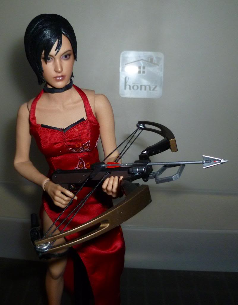 My Hot Toys Resident Evil Collection - Ada Wong added on 11/19/13! - Page 2 P1130301_zps25692c5c