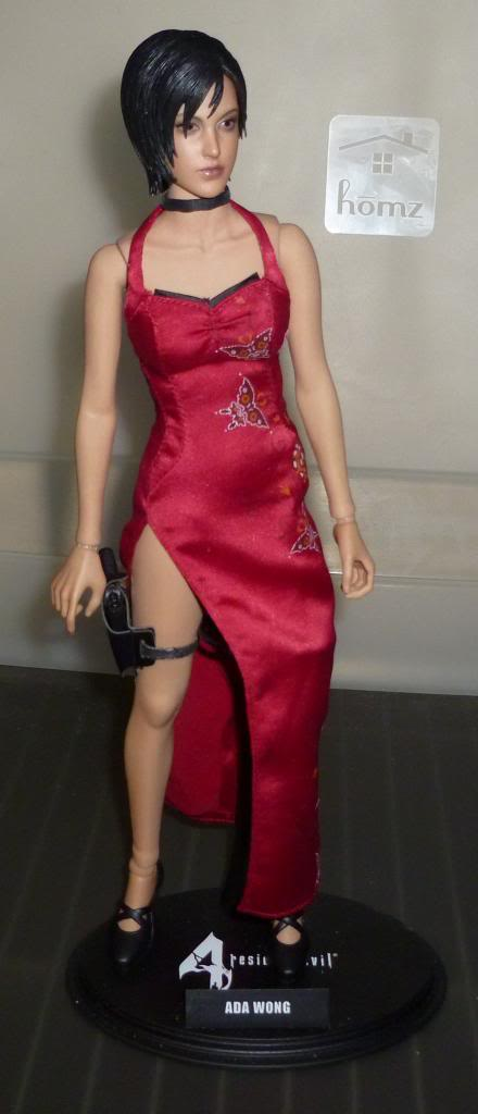 My Hot Toys Resident Evil Collection - Ada Wong added on 11/19/13! - Page 2 P1130303_zps93f920e0