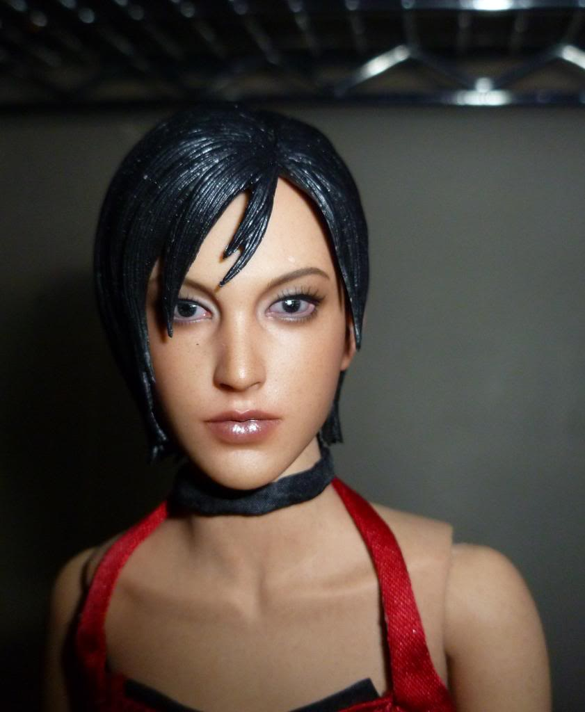 My Hot Toys Resident Evil Collection - Ada Wong added on 11/19/13! - Page 2 P1130307_zps6684f264