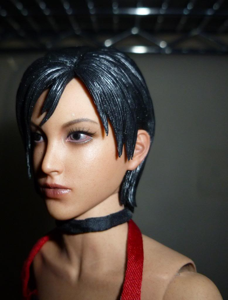 My Hot Toys Resident Evil Collection - Ada Wong added on 11/19/13! - Page 2 P1130308_zpsdb765351