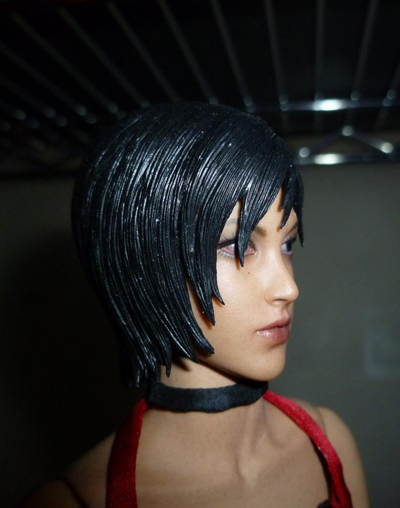 My Hot Toys Resident Evil Collection - Ada Wong added on 11/19/13! - Page 2 P1130312_zps10a519c2