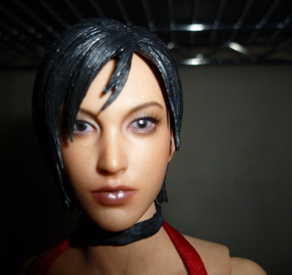 My Hot Toys Resident Evil Collection - Ada Wong added on 11/19/13! - Page 2 P1130313_zps8702b214