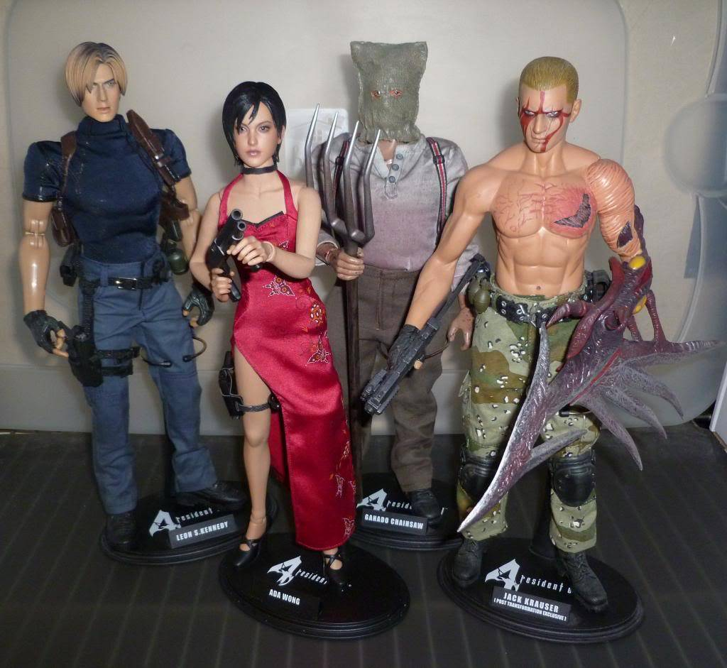 My Hot Toys Resident Evil Collection - Ada Wong added on 11/19/13! - Page 2 P1130340_zps8c03664f