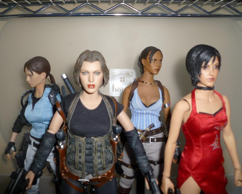 My Hot Toys Resident Evil Collection - Ada Wong added on 11/19/13! - Page 2 P1130344_zps4eae3bee