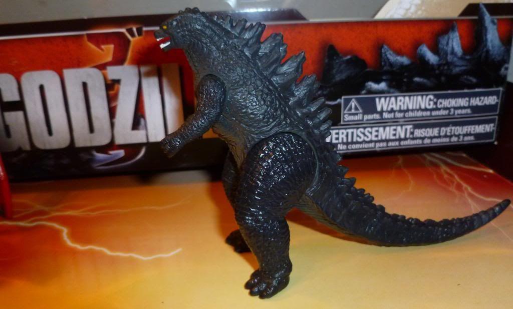 Godzilla 2014 Figures (NECA Godzilla UPDATED 9/9/14)! P1130639_zps1ae8e887
