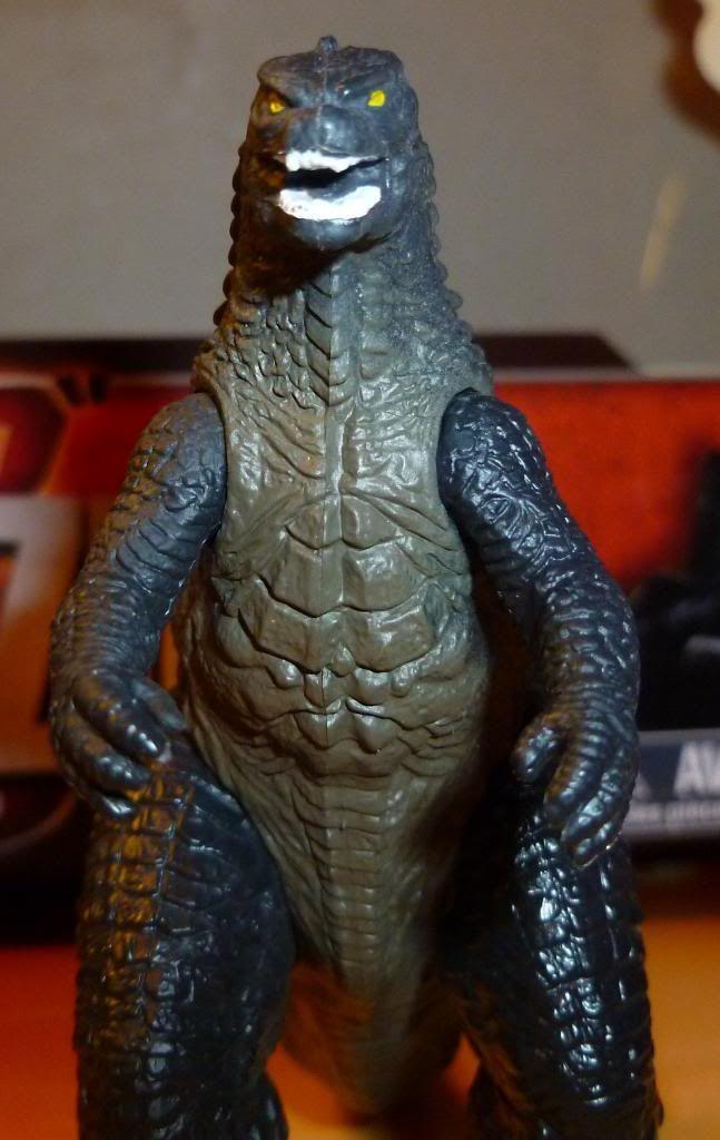 Godzilla 2014 Figures (NECA Godzilla UPDATED 9/9/14)! P11306402_zpscabeafea