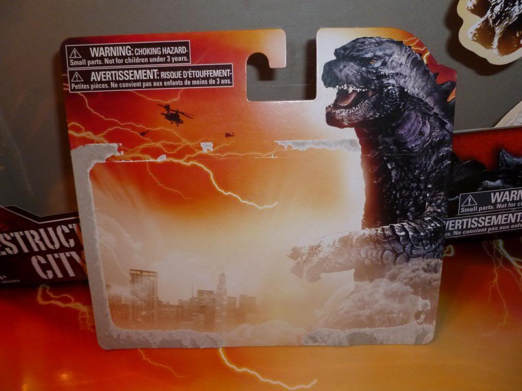 Godzilla 2014 Figures (NECA Godzilla UPDATED 9/9/14)! P1130649_zps7fd99c26