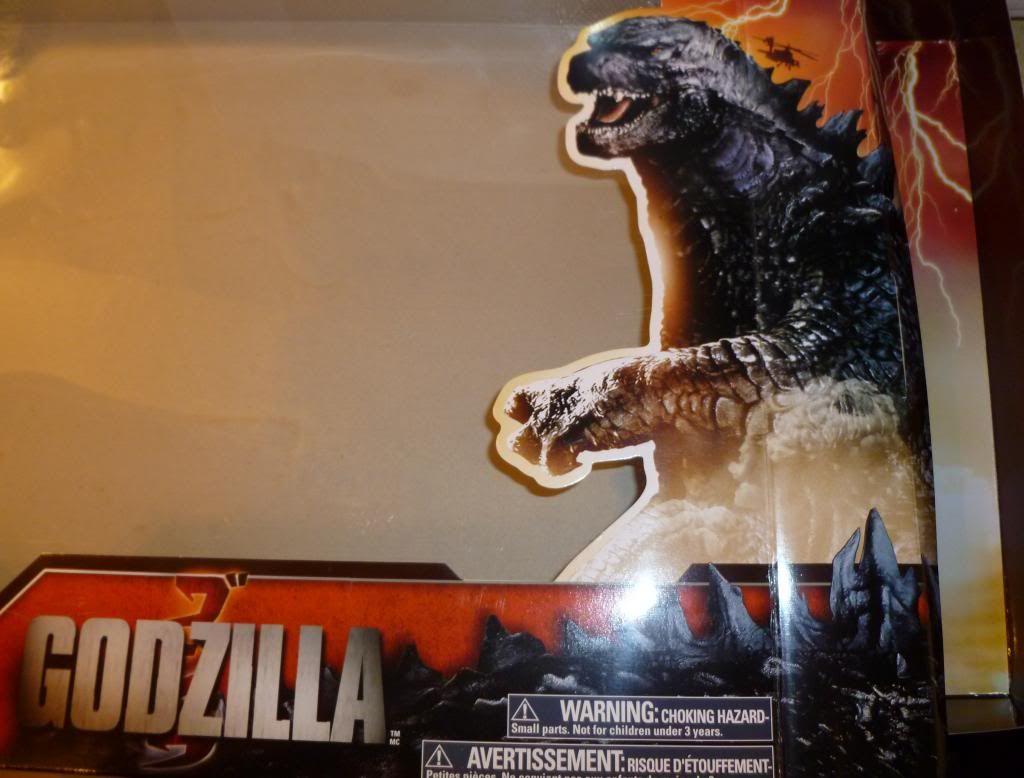 Godzilla 2014 Figures (NECA Godzilla UPDATED 9/9/14)! P1130652_zpsdae2e20f
