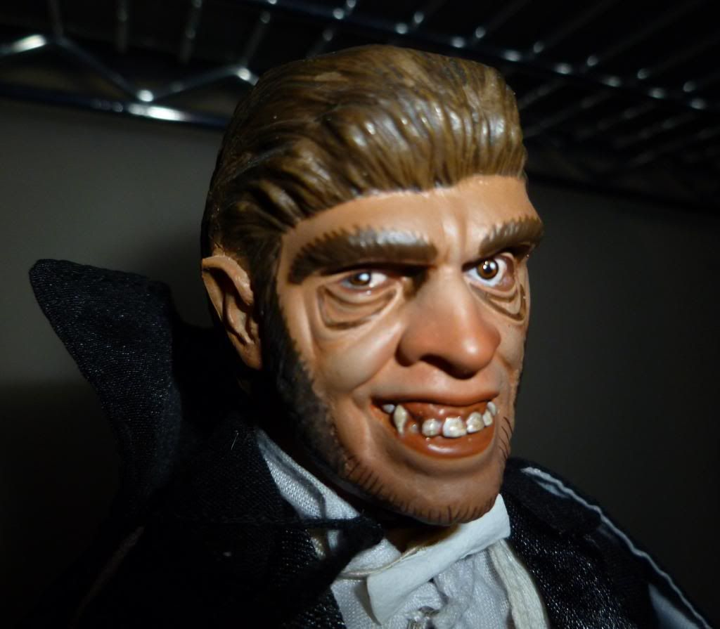 My Sidehshow UNIVERSAL MONSTERS Collection! P1120850_zpsce9b2221