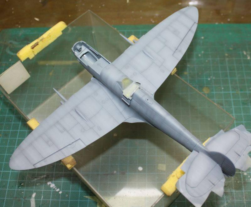 Spitfire Mk IX Eduard 1/48 SpitfireMKIX105_zpseceaee88