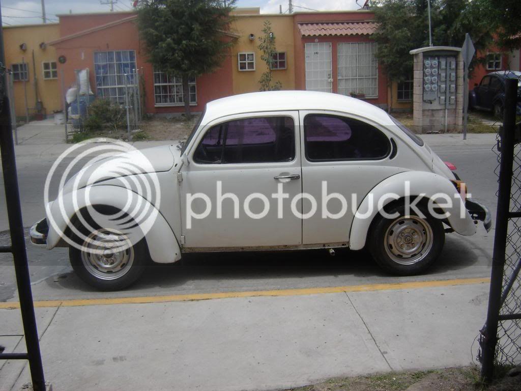 Presentandome  con mi primer auto DSC000012_zps7513ffee