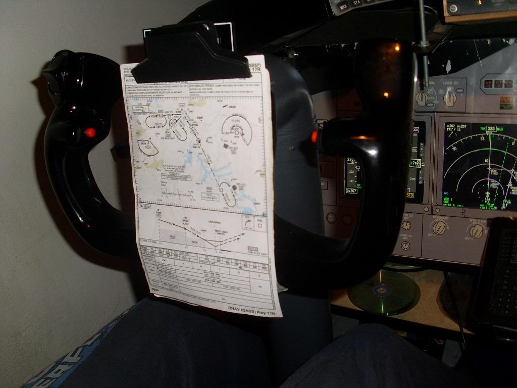 home cockpit 737-800 somente com uma cpu corei7 e pmdg ngx 6_zpsaf4f9328
